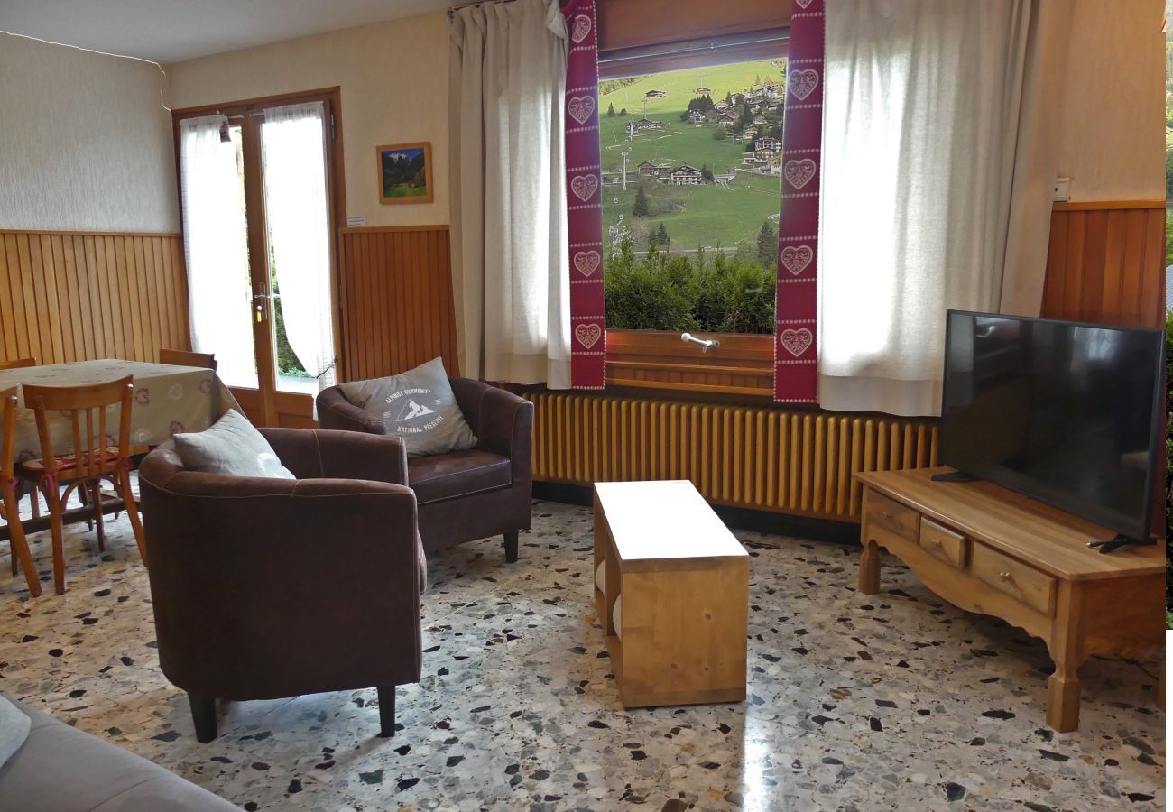 Chalet in La Clusaz - Chantoiseau 1 - Apartment for 6 people 2* on the ski slope