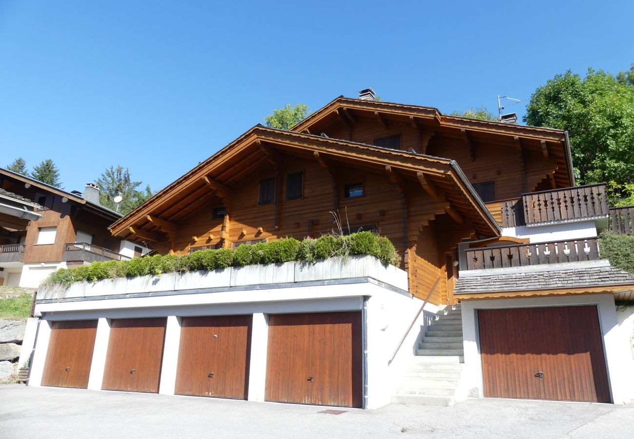 Chalet in La Clusaz - Murgiers B1 - Part of chalet for 7 people vallée des Confins