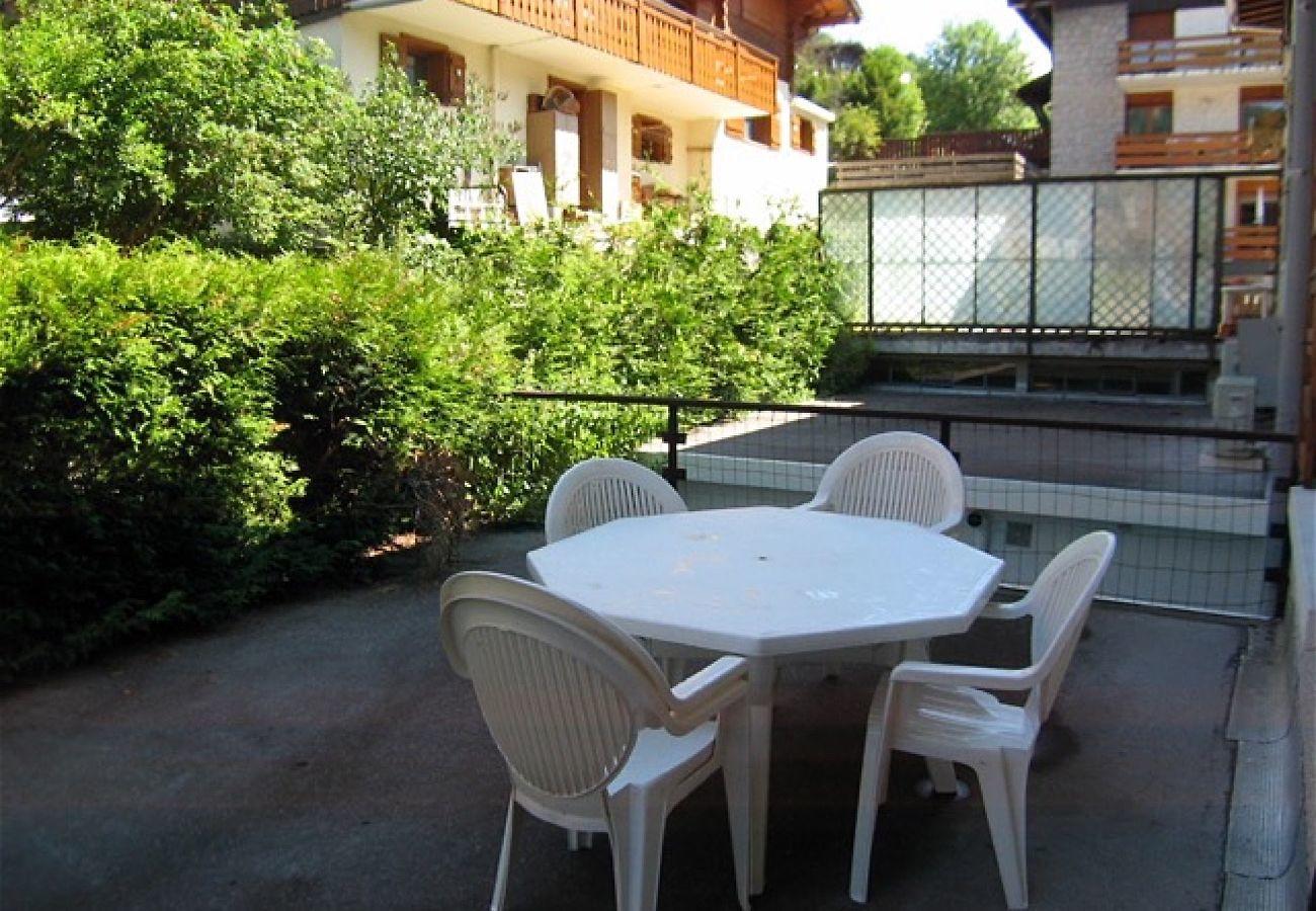Apartment in La Clusaz - Neige et Roc 2 - Apartment for 6 people 3* village center