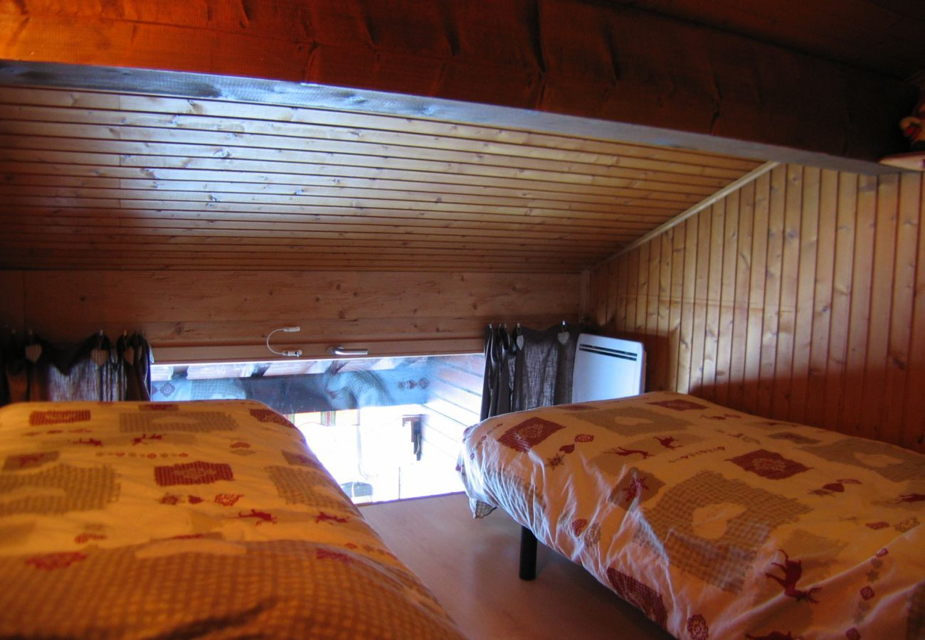 Apartment in La Clusaz -  4 room duplex, beautiful view of the mountains